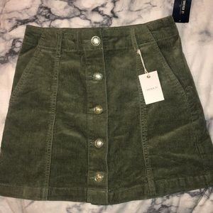 Green Forever 21 corduroy skirt